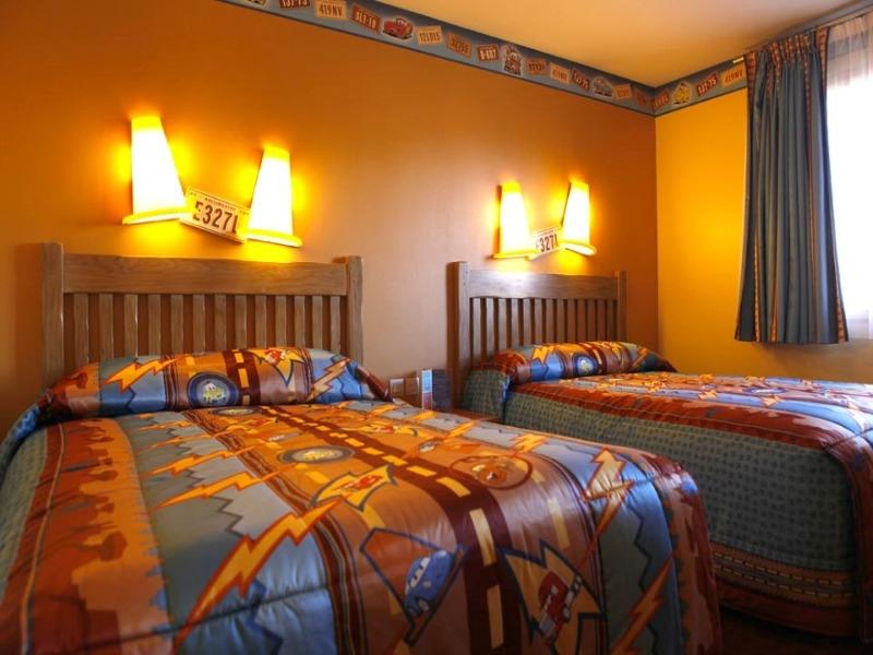 Camere Santa Fe Disneyland : Disneys hotel santa fe 2* disneyland paris parcuri de distractie